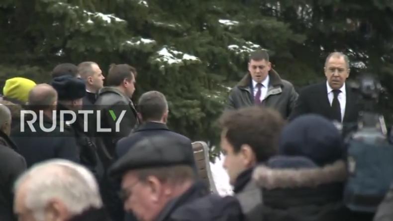 Lawrow Abschiedszeremonie für russischen UN-Gesandten Witali Tschurkin in Moskau.