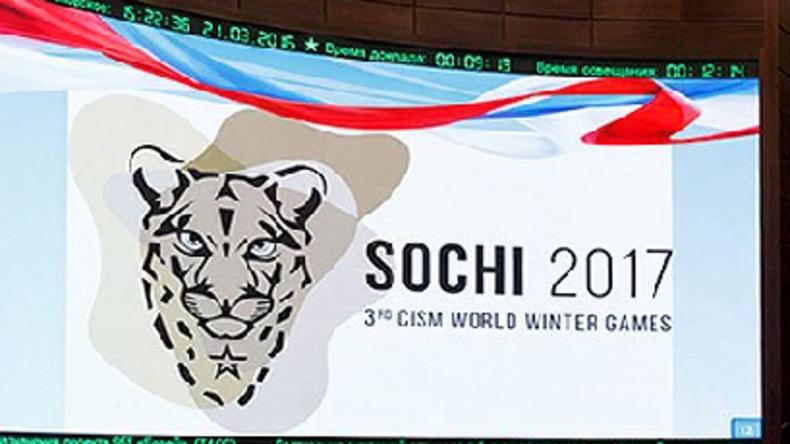 Russlands Ministerpräsident Medwedew eröffnet Militärspiele in Sotschi