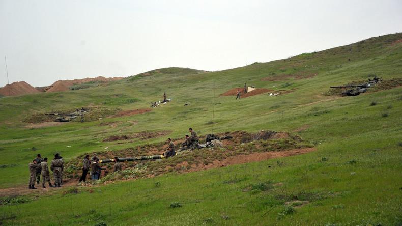 Aserbaidschan vermeldet Verluste bei Gefechten in Bergkarabach