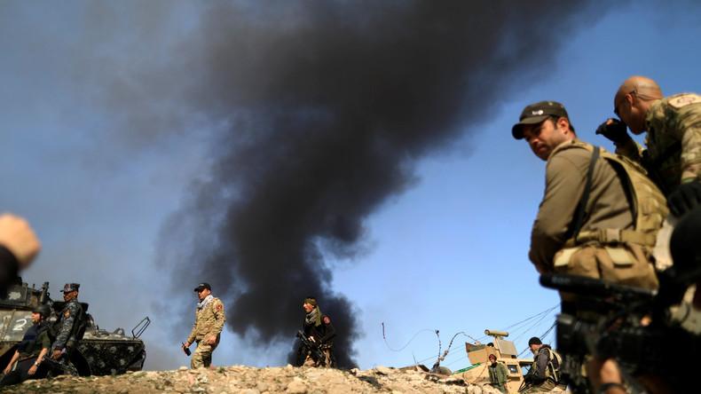 Irakische Behörden entdecken bei Mossul Massengrab mit 4.000 Leichen