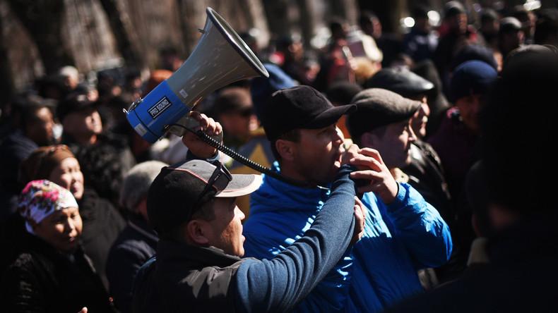Kirgisistans Opposition protestiert gegen die Verhaftung ihres Führers