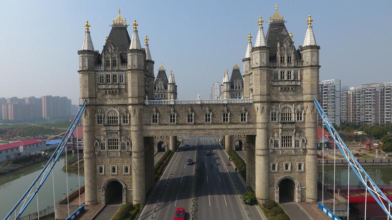 Nachbau der Londoner Tower Bridge in China sorgt für Unmut bei den Einwohnern