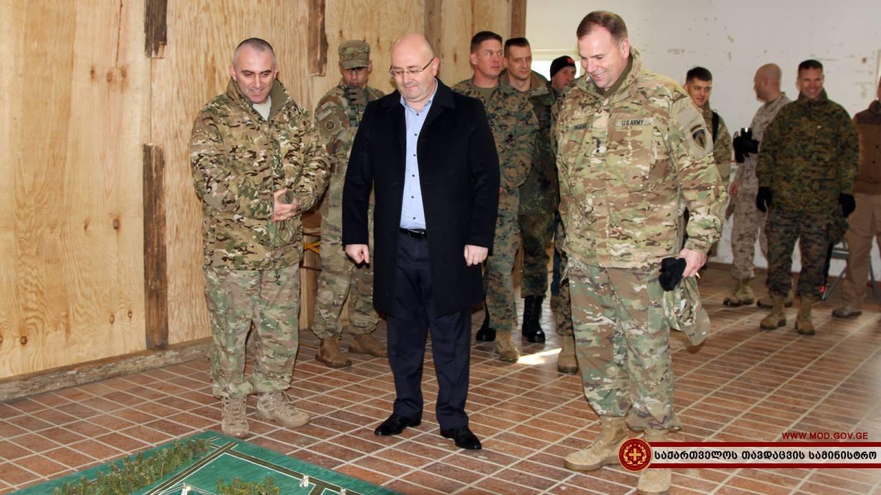 Exklusiv: Tiflis wählt Konfrontation mit Russland - USA errichten Militärbasis in Georgien
