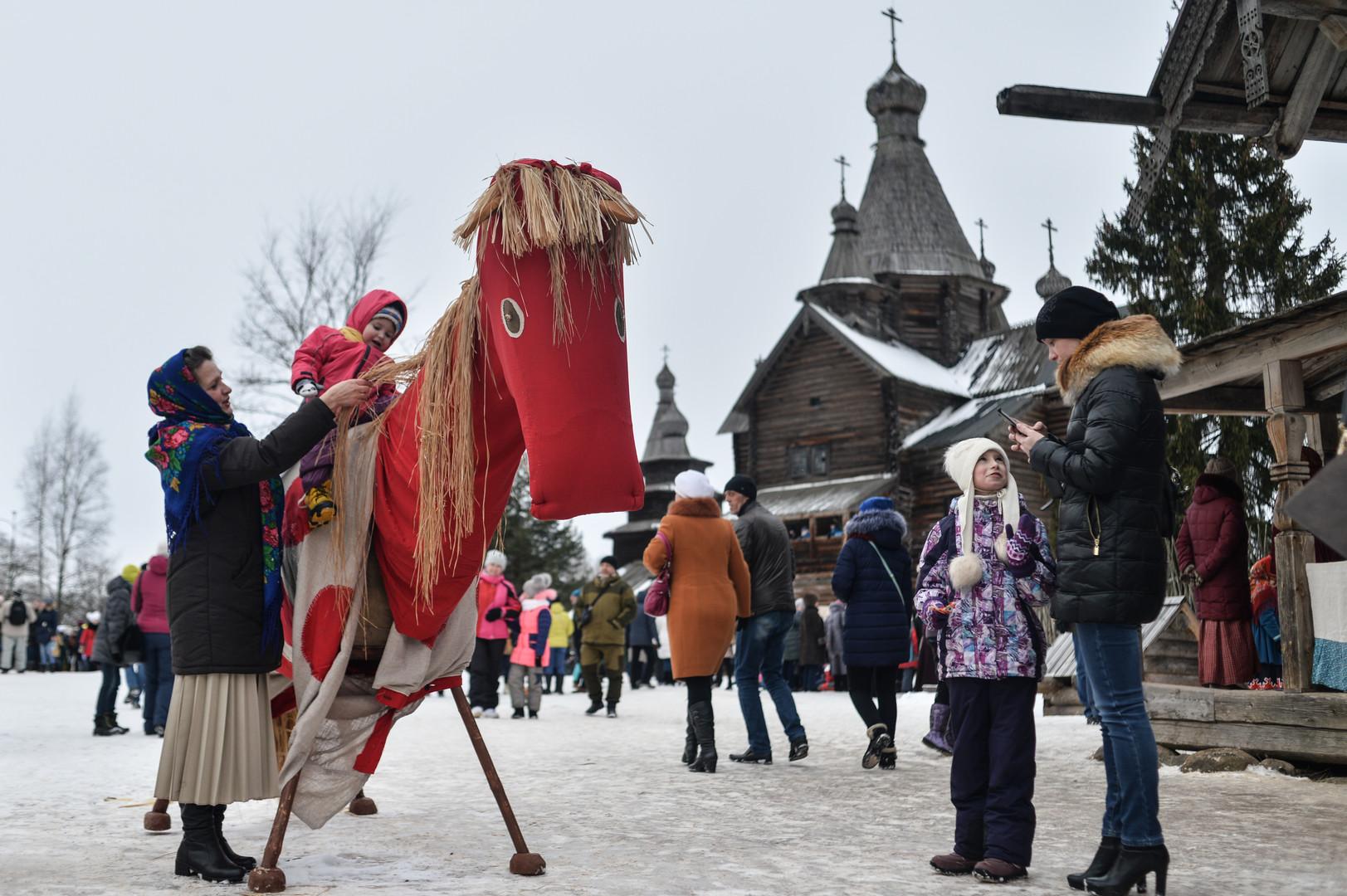 Ein Fest für Jung und Alt. Weliki Nowgorod