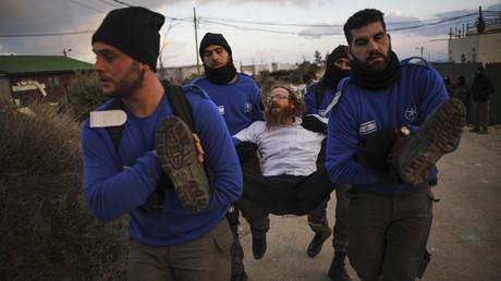 Krawalle im Westjordanland - israelische Polizei räumt illegale Siedlung Amona