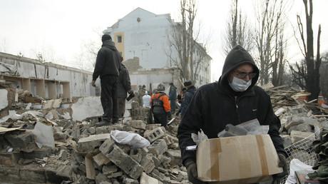 Erneute Kämpfe in der Ost-Ukraine hinterlassen ein Bild der Zerstörung.