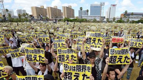 Einwohner Okinawas protestieren gegen die dortige US-Militärpräsenz