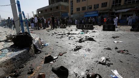Die Schuhe von Opfern eines Attentats in Kabul, Afghanistan, 23. Juli 2016.