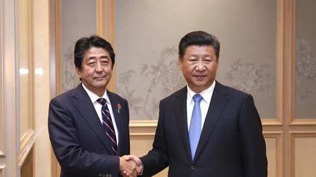 Der japanische Ministerpräsident Shinzo Abe und Chinas Präsident Xi Jinping im September 2016 während des G20-Treffens.