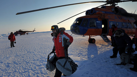 Russischer Abenteurer will neuen Weltrekord aufstellen und begibt sich mit Luftballon auf die Reise