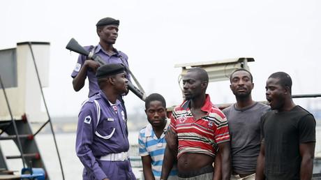 Piraten in Nigeria nehmen russische Seeleute als Geisel