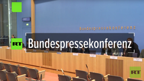 Regierungspressekonferenz: Laut BND keine Beweise für Desinformation, RT Deutsch hakt nach