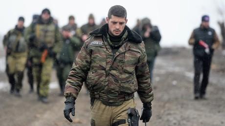 Der heute durch einen gezielten Anschlag mit einen Feuerwerfer getötete Kommandeur der Donezker Volkswehr Michail Tolstych, bekannt als Giwi, in Februar 2015 auf dem Territorium des donezker Flughafens.