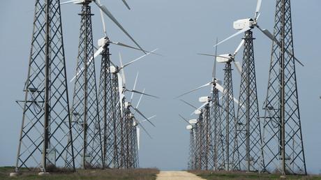 Gesamtkapazität der Windkraftwerke in Europa überholt erstmals die der Kohlekraftwerke