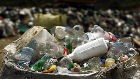 Thailands Behörden wollen schwimmende Müllinsel räumen (Symbolbild)