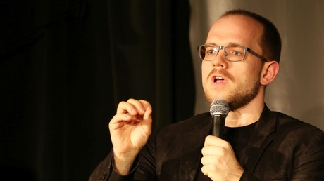 Evgeny Morozov auf einem Panel der Rosa-Luxemburg-Stiftung im April 2015 in Berlin.