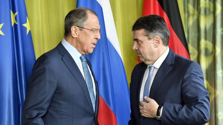 Der russische Außenminister Sergej Lawrow und Sigmar Gabriel trafen bereits vor der Sicherheitskonferenz in München zusammen, auf dem G20-Treffen in Bonn, 16. Februar 2017.