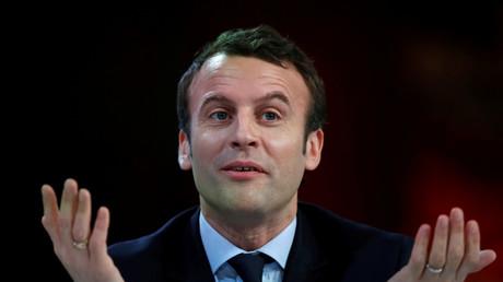 Profitiert zurzeit von den Skandalen der Konkurrenten: Präsidentschaftskandidat Emmanuel Macron.