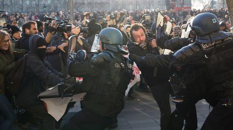 Erneute Proteste gegen Polizeigewalt in Paris