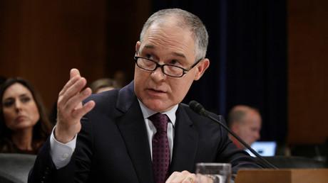 E-Mails zwischen Leiter der US-Umweltschutzbehörde und Öl-Lobbyisten enthüllt