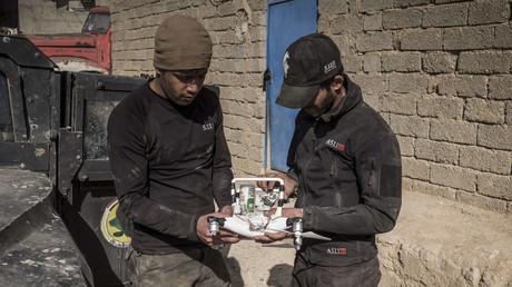IS-Terroristen lassen Drohnen Granaten auf Regierungskräfte bei Mossul abwerfen