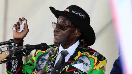 Simbabwes Präsident feiert seinen 93. Geburtstag für zwei Millionen Euro