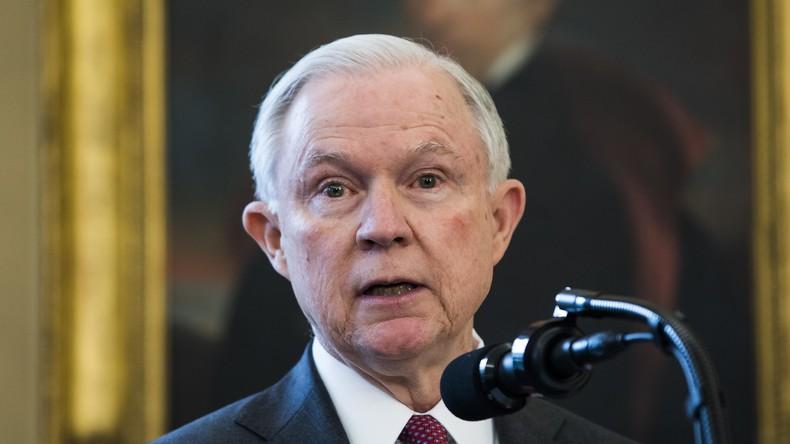 US-Justizminister Sessions dementiert angebliche Treffen mit Russland für politische Kampagnen
