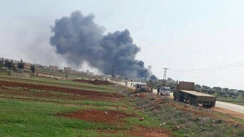 Syrisches Kampfflugzeug stürzt in der Türkei ab - Pilot kann sich retten