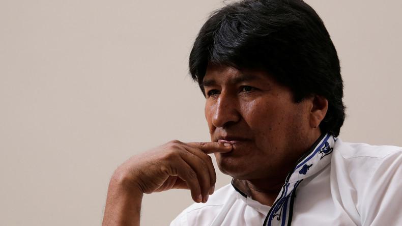 Cubas Staatsoberhaupt Raúl Castro besucht Boliviens Staatschef Evo Morales im Krankenhaus