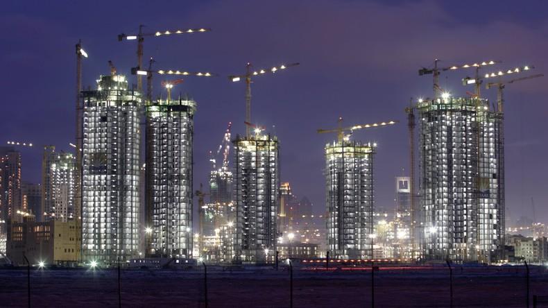 Dubaier Polizei nimmt Briten für gefährliche Kunststücke auf Wolkenkratzer fest [VIDEO]