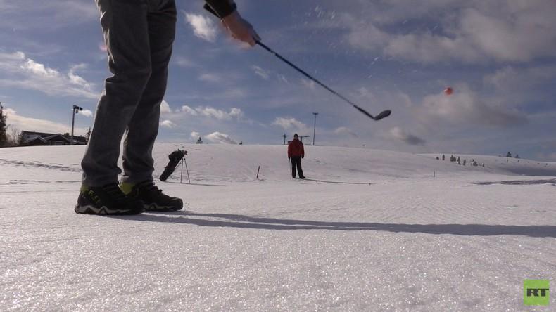 Einmal in Russland: Angeln, Golfen, Polo-Reiten - Alles auf Eis