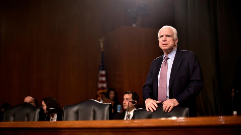 US-Senator John McCain zweifelt nicht an Kontakten zwischen Russland und WikiLeaks