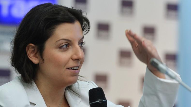 """RT-Chefredakteurin Simonjan antwortet Bundesfinanzminister Schäuble auf """"Propagandakrieg""""-Vorwürfe"""