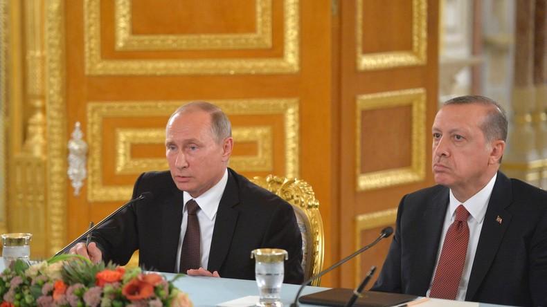 Heute live: Pressekonferenz von Putin und Erdoğan in Moskau (mit deutscher Simultan-Übersetzung)