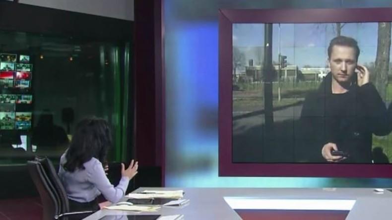 RT-Reporter Daniel Hawkins berichtet aus Düsseldorf über erneuten Stichwaffen-Angriff