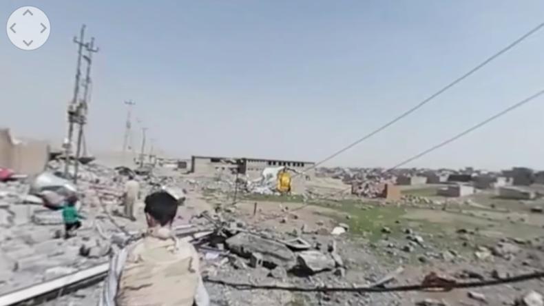Zerstörung im Westen Mossuls nach Luftangriffen gegen den IS: