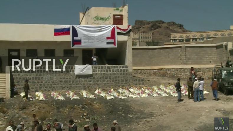 Live: Russische humanitäre Mission liefert Hilfsgüter im Jemen aus
