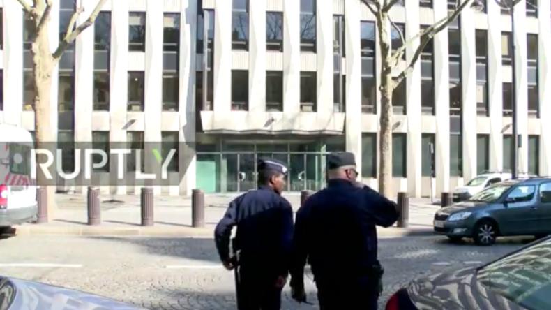 Live aus Paris: Nach Briefbomben-Explosion im IWF-Büro