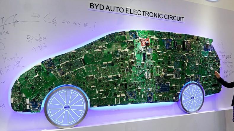 Chinesischer Konzern BYD überholt Tesla bei Zahl hergestellter Elektroautos