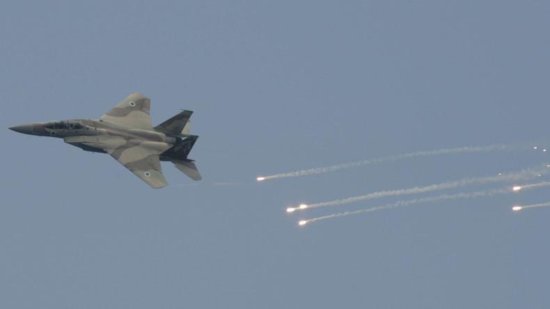 Angeblich Waffen für Hisbollah im Visier: Israel fliegt Angriffe auf Ziele in Syrien