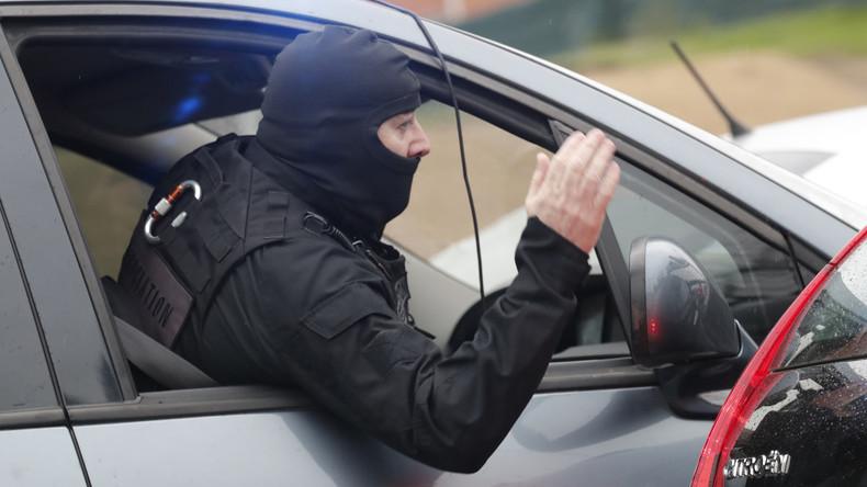 Schießerei im Norden von Paris: Polizist verletzt, Angreifer auf der Flucht