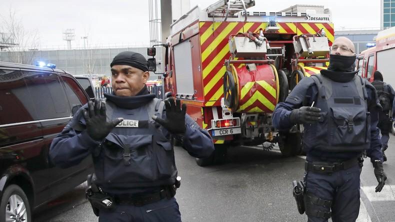 Angreifer vom Pariser Flughafen soll vorbestrafter Islamist sein