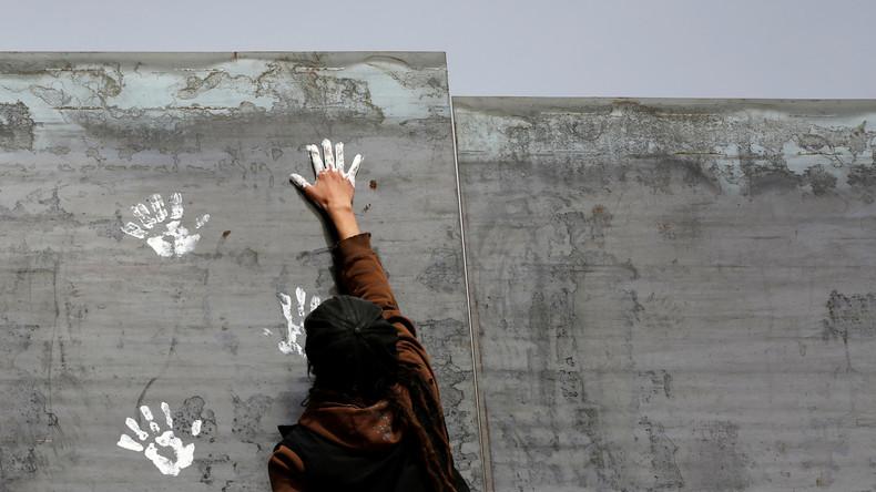 Bloomberg: Die Mauer an der Grenze zu Mexiko soll schön aussehen. Zumindest von der US-Seite her