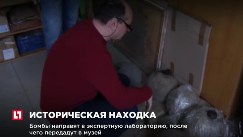 Weißrussische Taucher entdecken 300 Jahre alte Bomben