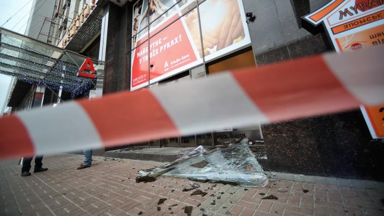 Zerschlagene Filiale der Alpha-Bank in Kiew