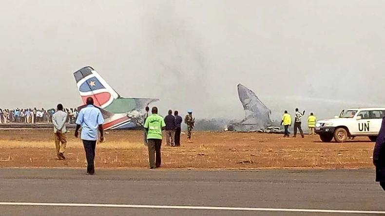Bruchlandung von Jet im Südsudan - viele Tote befürchtet
