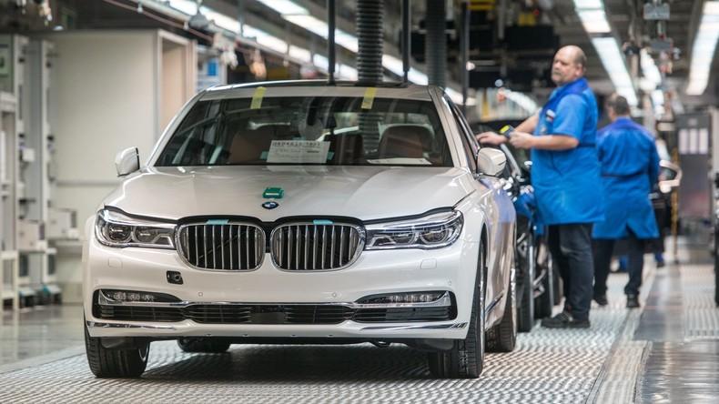 Betriebsstopp am Münchner BMW-Werk wegen Alkohol- und Drogenmissbrauch fordert Million-Euro-Schaden
