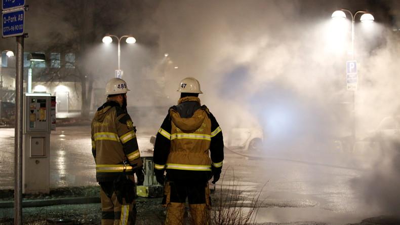 Schweden: Jugendliche machen Jagd auf Polizei in Trollhättan