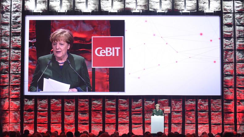 CeBIT 2017: Merkel verweist besorgte Bürger auf Japans Umgang mit Technologie