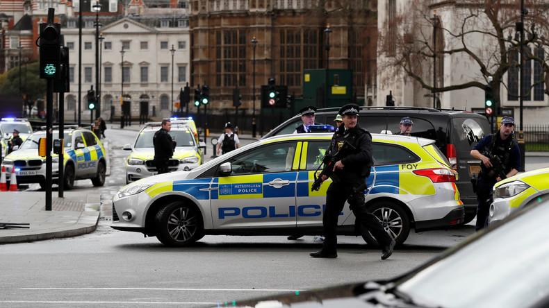 Den Tätern auf der Spur: Polizei durchsucht Wohnung in Birmingham nach Terroranschlag in London